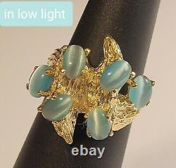 14k solid Gold Big 7.6g oval Blue Cats Eye Vintage brutalist retro Nugget Ring