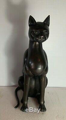 Art Deco patinated bronze cat original in good condition