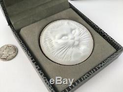 Authentic LALIQUE Cat Chat Satin Clear Crystal Pin Brooch New Original Box, RARE