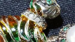 9 Carats Plique Un Diamant Jour Et Cru Émeraude Art Déco Broche Chat Antique