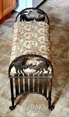 Antique Art Déco Fonte Banc Deux Chats Se Battre Sur Une Barrière Halloween Paw Pieds