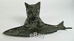 Antiquité Art Français Art Deco Chat En Bronze Avec Un Plateau De Stylo À Poisson Porte Bibelot Figure