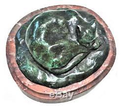 Art Déco Allemand Bronze Sculptural Paperweight, Un Chat Endormi, Ca. Années 1920