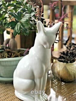 Art Deco Cat Hirado Mikawachi Waree Celadon Glaze Okimono 12 Statue Pottery