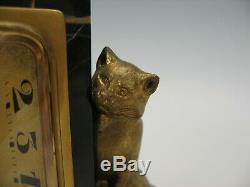 Art Déco Chat En Bronze Doré Et L'horloge Bureau D'oiseau Sur Base De Marbre Noir