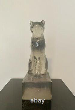 Art Déco Moderne Dorothy Thorpe Resin Cat Sphinx Table Sculpture, 1940s Clear