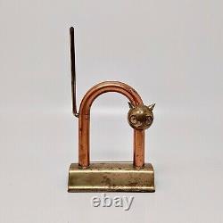 Chase Brass Manufacturing Machine Age Art Deco Cat Doorstop Par Walter Von Nessen