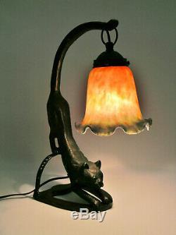 Crouching Cast Cat De Fer 14 Lampe De Table Avec Art Art Ombre De Verre Deco Tres Belle