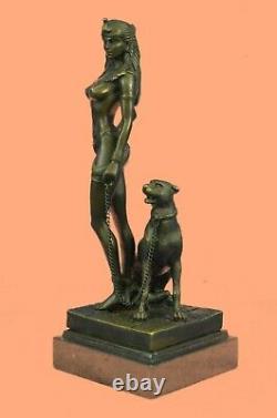 Egypte Nue Reine Cléopâtre Et Big Cat Bronze Art Déco Par Lost Wax Method Statue