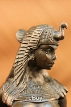 Egypte Nue Reine Cléopâtre Et Le Bronze Big Cat Art Déco Par La Cire Perdue Méthode Statue