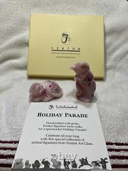 Fenton Art Glass Holiday Parade Valentine Collection Figurines Ensemble De 2