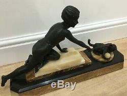Original 1920 Français Art Déco Figurine Fille Jouer Avec Le Métal Cat Bronze Patina