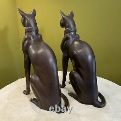 Paire De Chats De Bronze Renaissance Égyptienne Art Déco Signé A. Toit France, Vers 1970