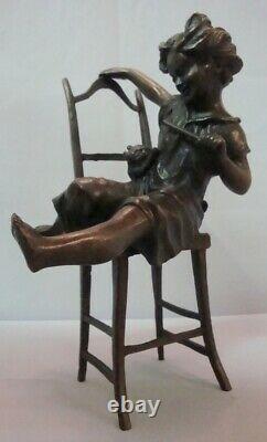 Statue Cat Daughter Art Déco Style Art Nouveau Style Bronze Signé Sculpture