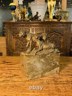 Véritable Bronze Art Déco Des Grands Félins Sur Base De Marbre Signé Christophe Fratin