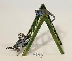 Vienne Bronze Miniature Figural Cat & Mouse Figurine Sur Échelle