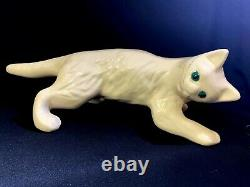 Vintage Camark Wall Climbing White Cat Ceramic Pottery Excellent État