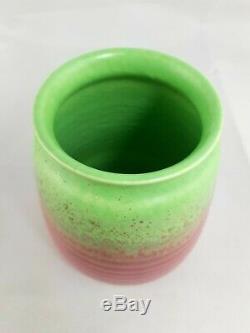 Vtg Guy Cowan Poterie Pistache Glaze Vase Nervuré Forme V-34 Rose Vert Mat
